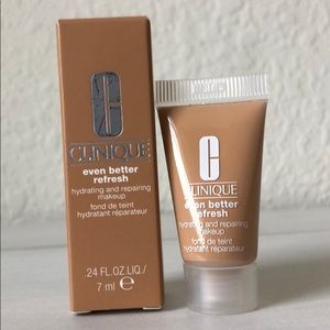 5/$25! CLINIQUE Hydrating and Repairing Foundation
